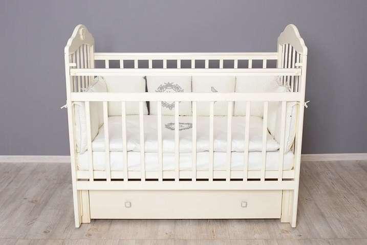 Bērnu gulta Pali ar veļas kasti, balta krāsa